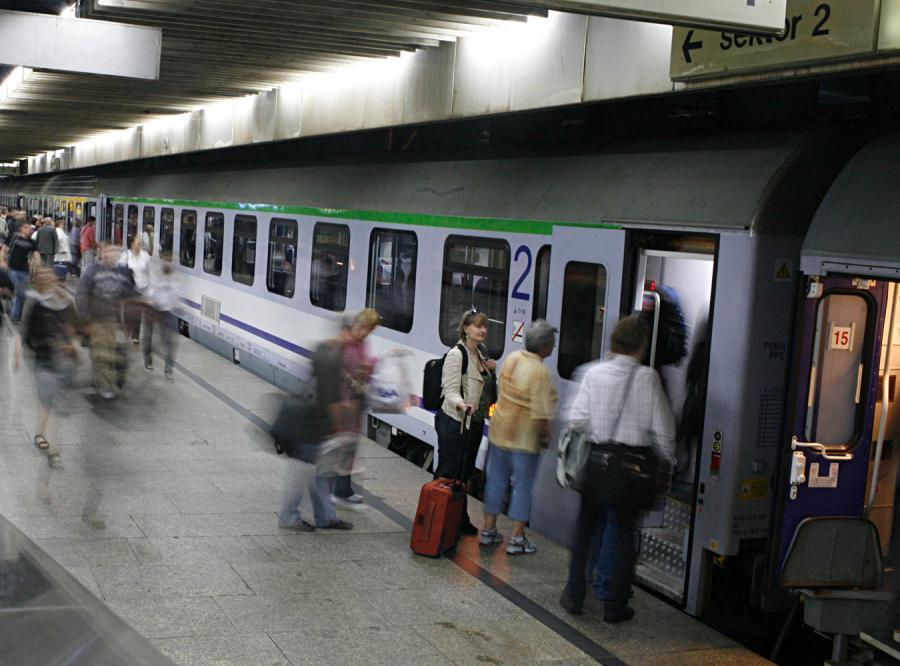 Bilet na pociąg kupisz przez telefon