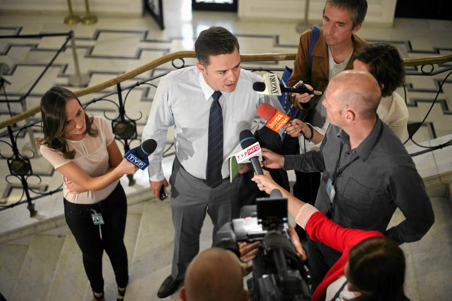 Rzecznik PS Adam Hofman w Sejmie