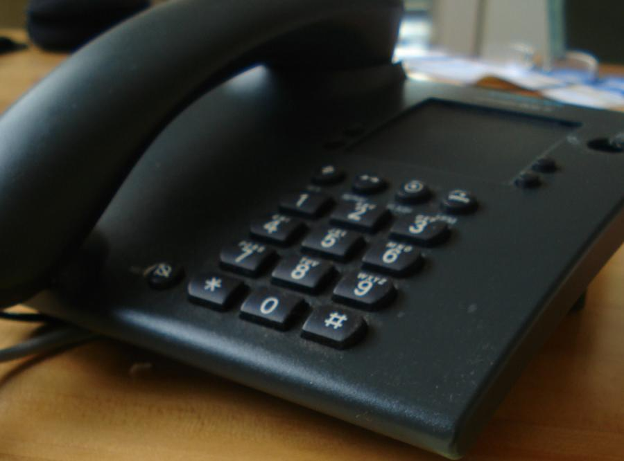 Polski James Bond będzie uczył o telefonie 112