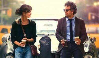 """Mark Ruffalo i Keira Knightley na plakacie filmu """"Begin Again"""""""