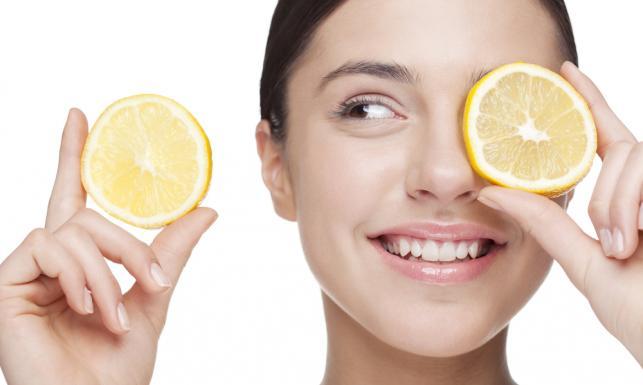 12 niesamowitych właściwości cytryny