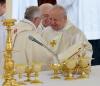 Metropolita krakowski kardynał Stanisław Dziwisz na uroczystościach kanonzacyjnych Jana Pawła II i Jana XXIII