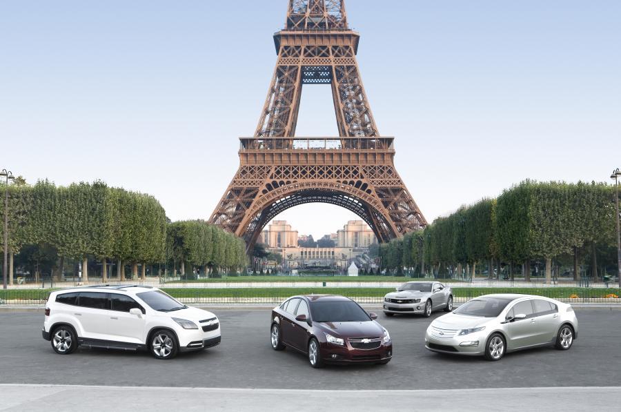 Cruze, orlando, volt i camaro - cztery gwiazdy Chevroleta w Paryżu