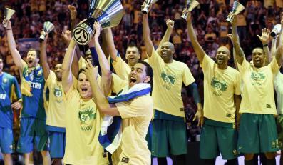 Radość koszykarzy Maccabi