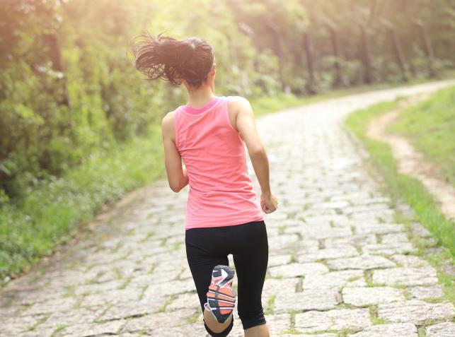 Co zyskasz, biegając 5 minut dziennie?