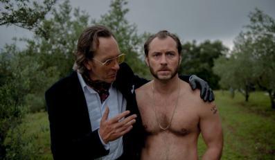 "Richard E. Grant i Jude Law w filmie ""Dom Hemingway"""