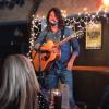 Foo Fighters na scenie kawiarni Bluebird