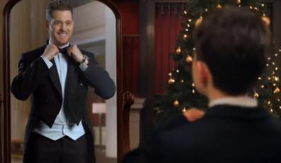 Michael Bublé w świątecznym duecie z Idiną Menzel