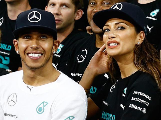 Lewis Hamilton mistrzostwo Formuły 1 fetował w towarzystwie Nicole Scherzinger