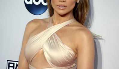 Najseksowniejsze gwiazdy AMA 2014: Jennifer Lopez