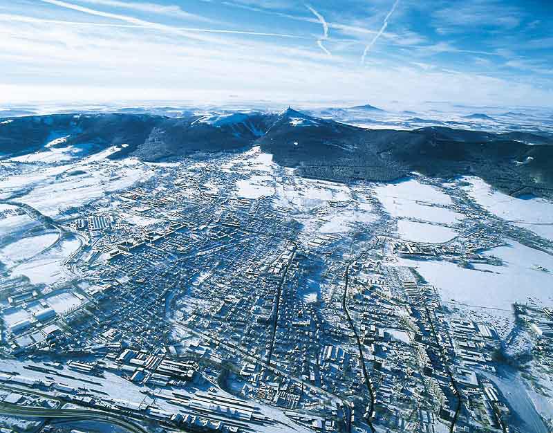 Imponujący widok na Liberec i Góry Izerskie