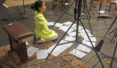 Björk podczas pracy...