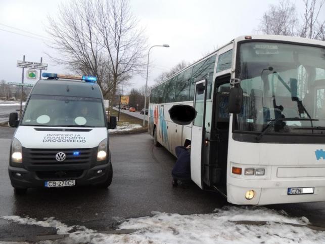 Bez hamulców i w kłębach dymu - tak podróżowały dzieci w Bydgoszczy