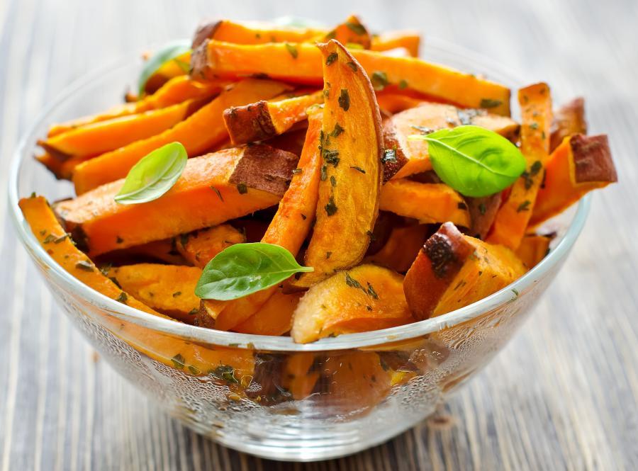 2. Słodkie ziemniaki obfitują w mangan