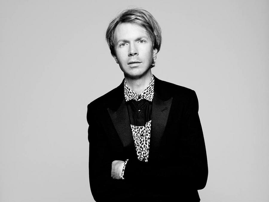 Beck prezentuje \