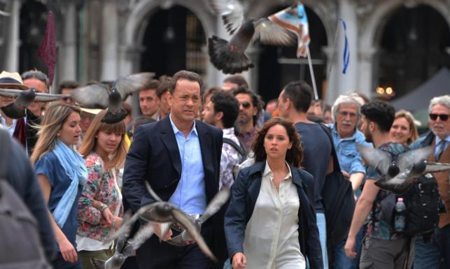 Tom Hanks znów na tropie. Mamy ZDJĘCIA z planu \