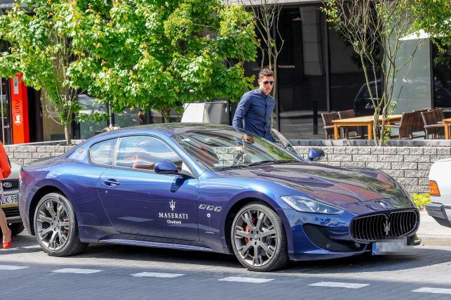 Robert Lewandowski i Maserati GranTurismo Sport