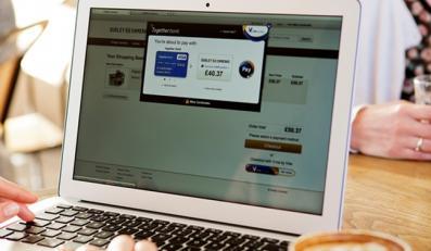 Płatności kartowe: wygodne i bezpieczne, w tradycyjnych sklepach oraz on-line
