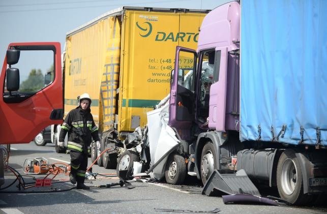 Wypadek na DK50 w Zbiroży koło Mszczonowa