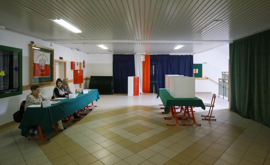 Lokal wyborczy w czasie referendum