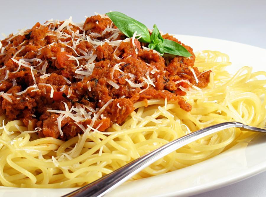 Zjeść spagetti po neapolitańsku i umrzeć.