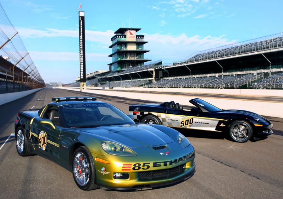 Na torze w Indianapolis zaprezentowano nowego Chevroleta Corvette