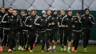 Piłkarze stołecznej Legii podczas treningu przed pierwszym meczem rundy wiosennej T-Mobile Ekstraklasy