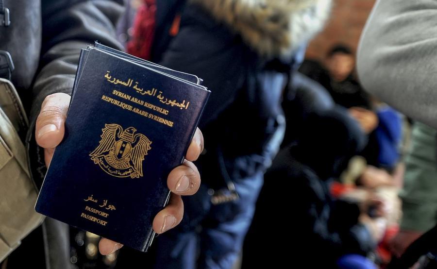 Imigranci i syryjskie paszporty