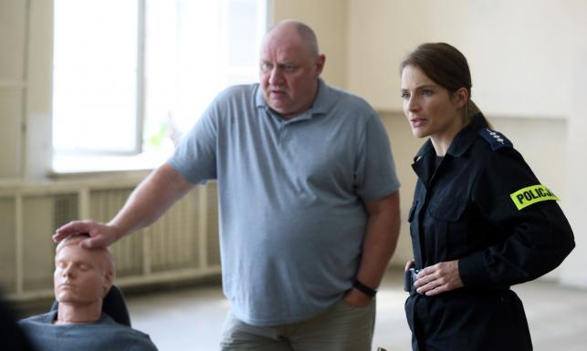 """Andrzej Grabowski i Anna Dereszowska na planie filmu """"Pitbull. Niebezpieczne kobiety"""""""