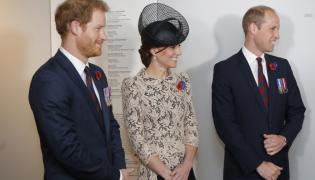 Książę Harry, księżna Catherine i książę William