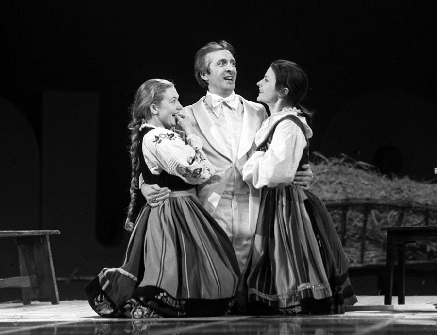 """Andrzej Kopiczyński na scenie Teatru Narodowego, podczas spektaklu """"Balladyna"""""""