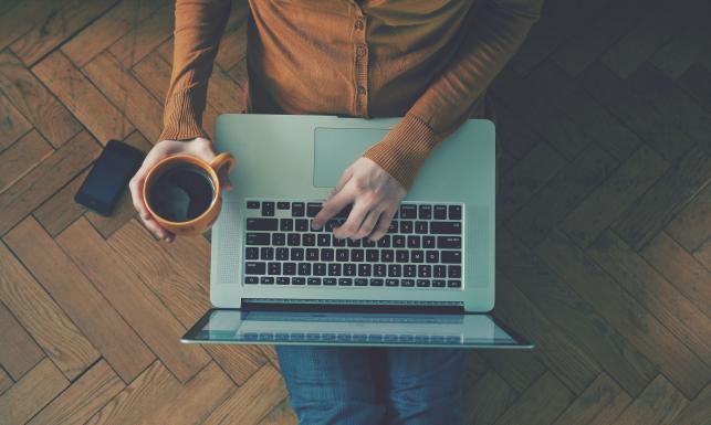 Kiedy praca niszczy twoje zdrowie? PIĘĆ NIEPOKOJĄCYCH OBJAWÓW