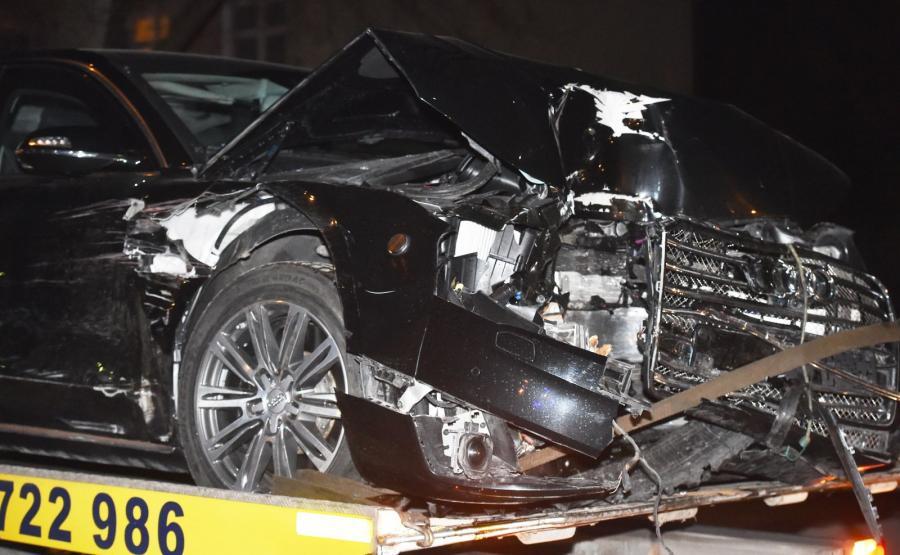 Audi A8 L Security po wypadku w Oświęcimiu