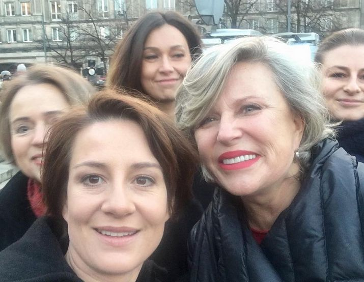 Krystyna Janda i Maja Ostaszewska na Strajku Kobiet